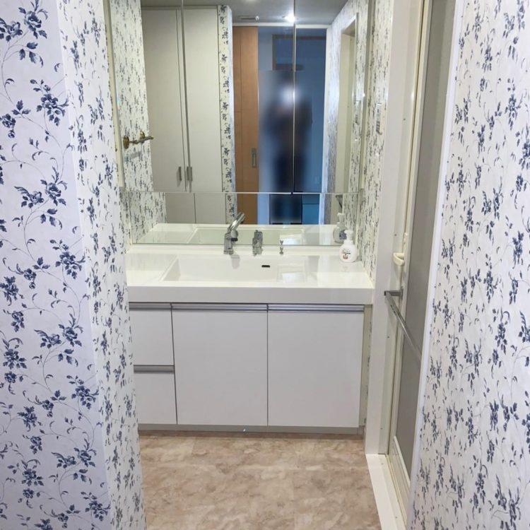 洗面室 エレガント LL-5397