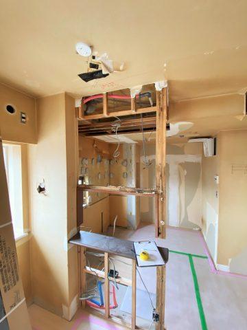キッチン 解体 工事中2